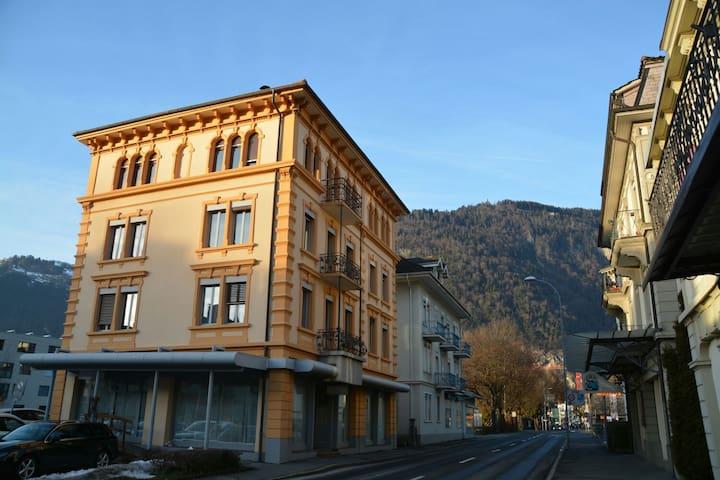 "Private room ""Eiger"" - Interlaken - Talo"
