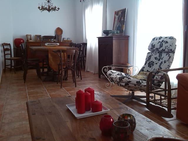 Casa de Pueblo Con Personalidad-Rural Old Cottage - La Guàrdia dels Prats - Ev