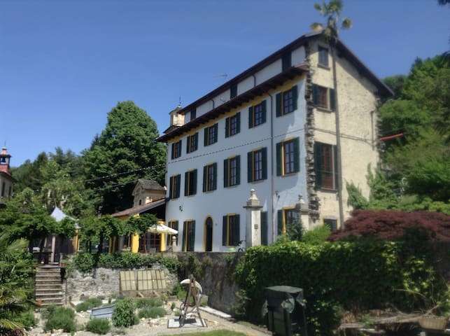 House With Stunning Lake Views (P) - Corconio - Bed & Breakfast