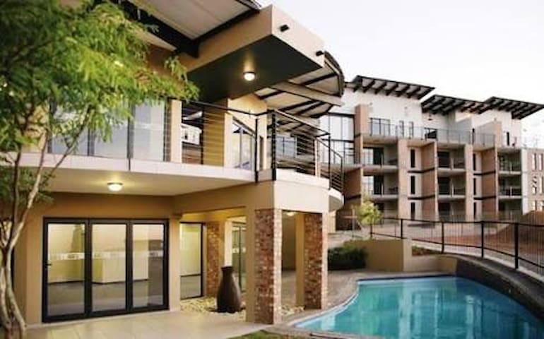 Luxury has never been this good! - Germiston - Appartement