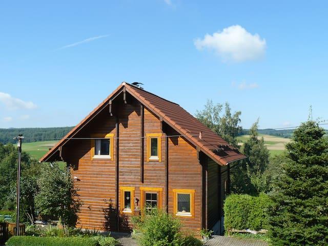 Ferienhaus Berg.erleben-Rhön (ganzes Haus o. Fewo) - Hilders