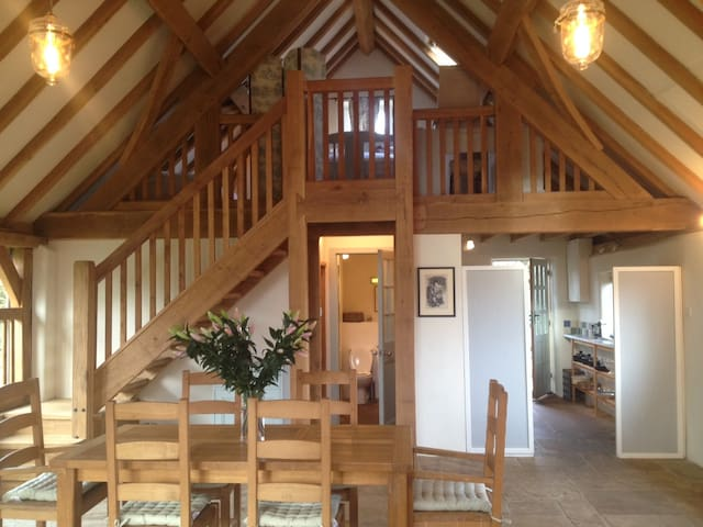 Ashwell Barn, Chedworth - Heart of the Cotswolds - Chedworth - Ev