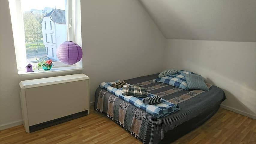 Cozy Bedroom in Rheydt-Mönchengladbach - Mönchengladbach - Departamento