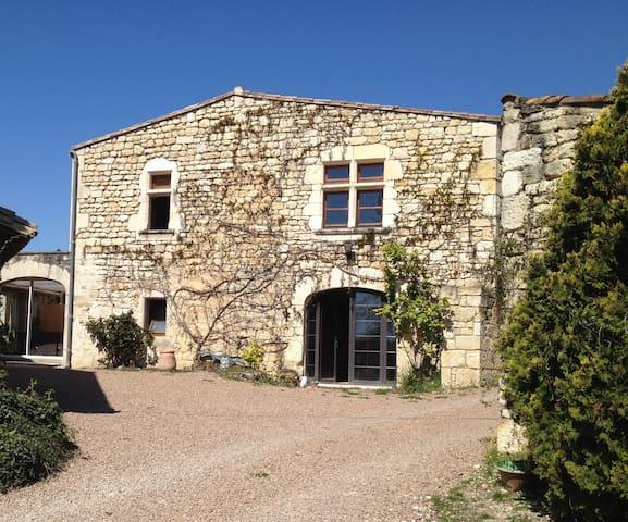 Bastide en pierres - Fayssac - Hus