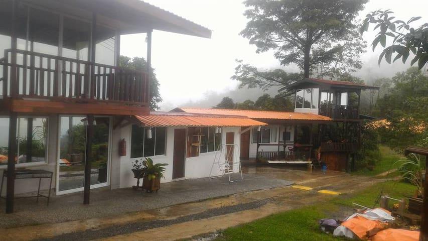 ECO HOME STAY - Kota Kinabalu - Chalé