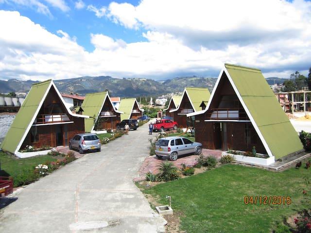 CabañasGuacatá Hotel,un lugar reservado para usted - Paipa - Blockhütte