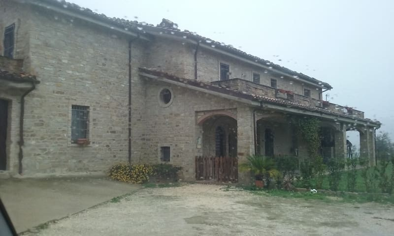 Villa in campagna - Castiglione Messer Raimondo