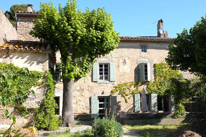Charming house with lots of authentic elements - Peyriac-Minervois - Hus