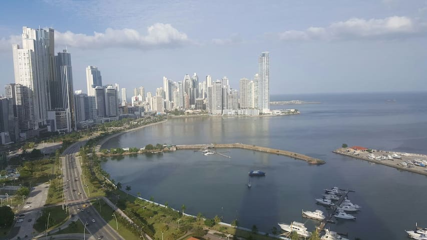 Penthouse in front of the sea. Best neighborhood! - Panamá - Lägenhet