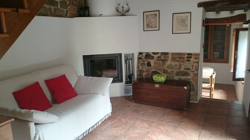 Medieval village between Florence Siena and Arezzo - Badia A Ruoti - Appartement