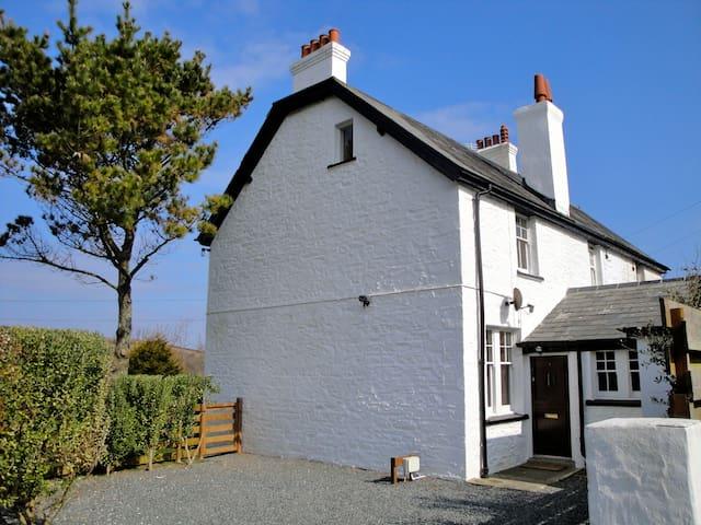 Coastguard Cottage on the Lizard - Saint Keverne - Hus