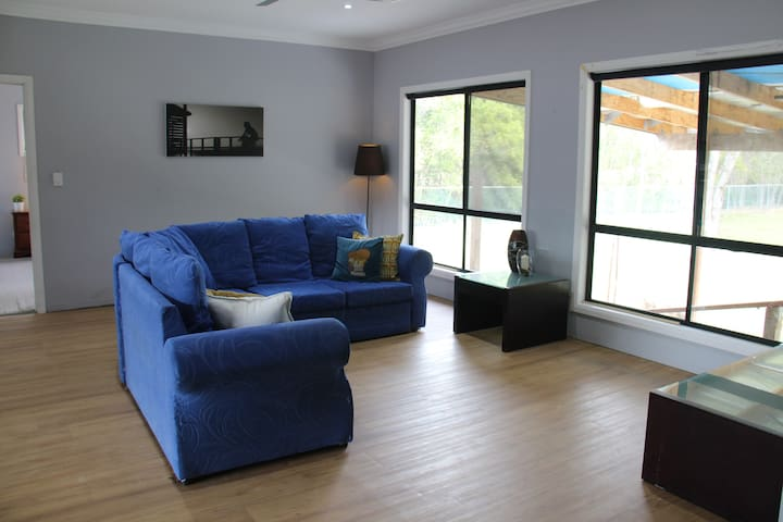 Renovated Two-Bedroom in Thorneside - Thorneside - Wohnung