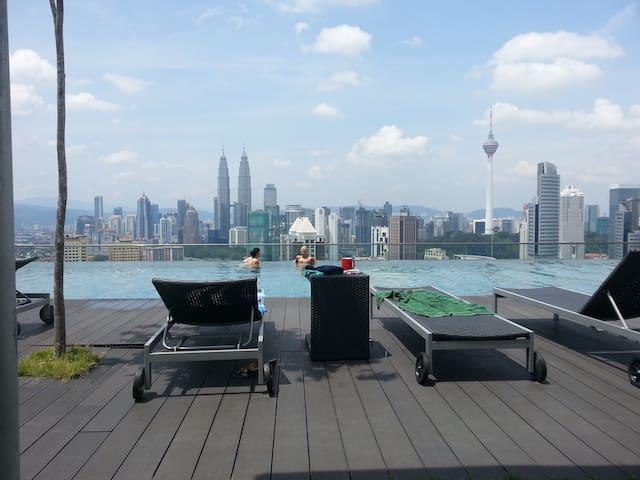 Private Cozy room/Infinity pool - Kuala Lumpur