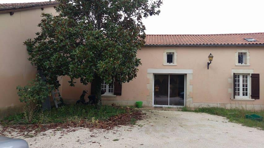 grande Maison 160m2 - Annesse-et-Beaulieu - Huis