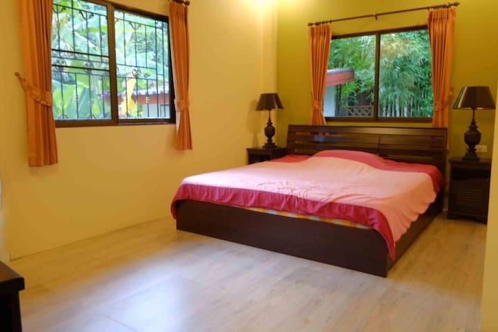Peaceful relaxing home in Chiang Mai. - San Sai District - Hus
