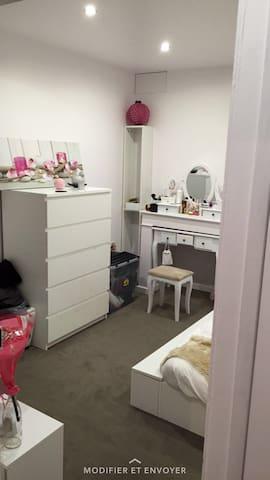 Appartement spacieux - Méréville - Daire
