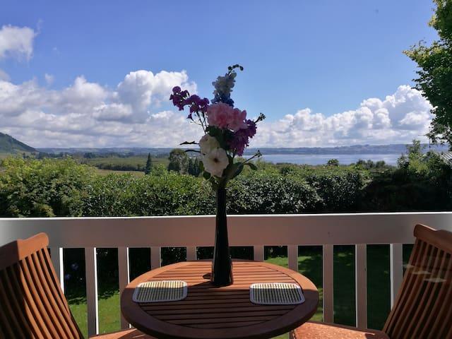 Spacious beautiful house - Rotorua - Casa
