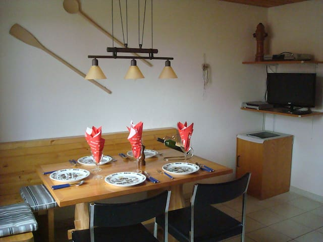 Arn's Ferienwohnung for 5 persons in Wangenried - Wangenried - Appartement