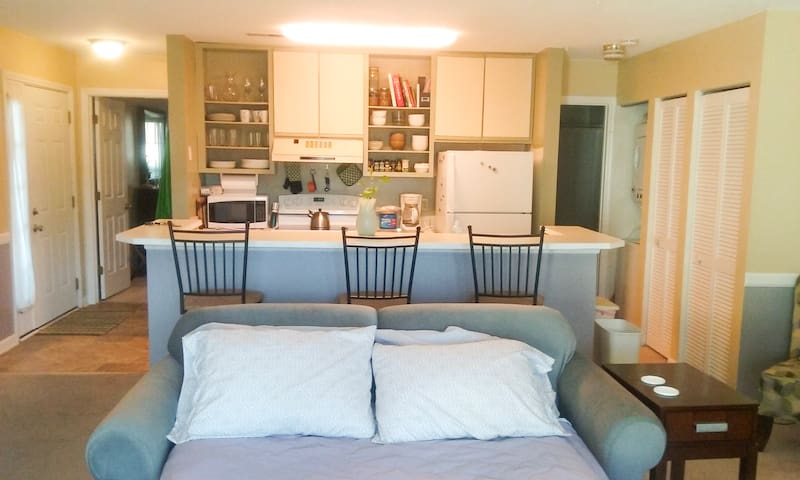 Same Day Reservations Accepted/ 10 mins to beach - Little River - Apartamento