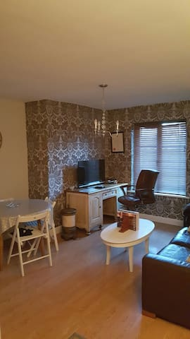 Fabulous 2 bedroom apartment. - Oranmore