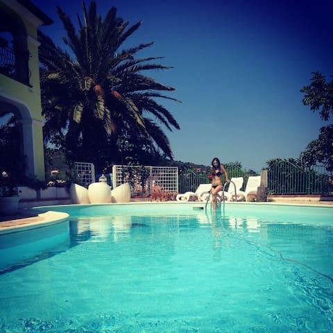 Appartamento tipico con piscina! - Malamurì - Appartement