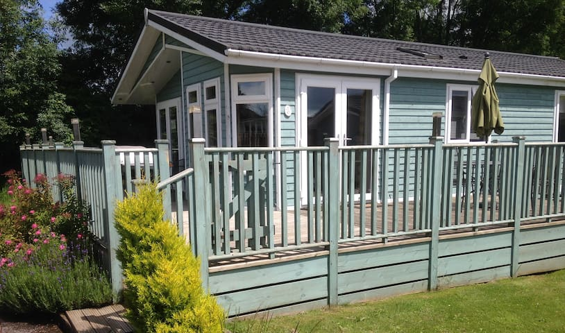 2 Bedroom Deluxe Lodge at Blossom Hill - Honiton - Alpstuga