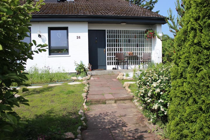 Zimmer in tollem Haus auf dem Land bei Hamburg - Jesteburg - Rumah