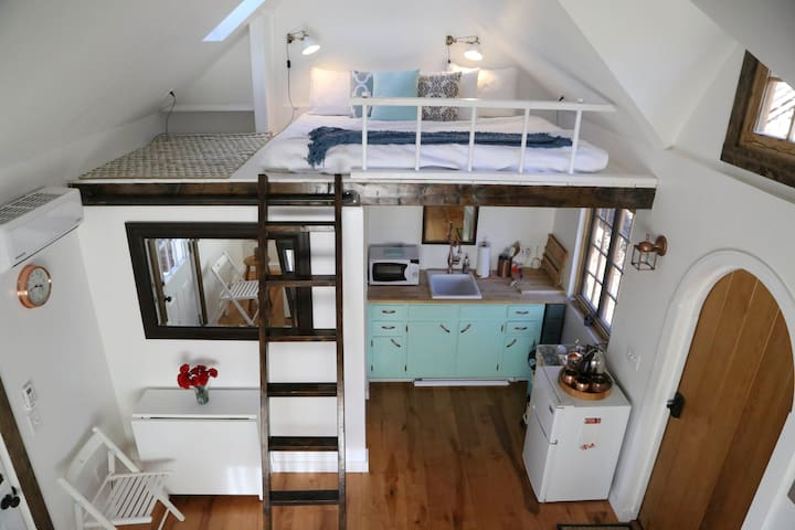 Charming Custom Tiny House Minutes to Downtown - Nashville - Hús