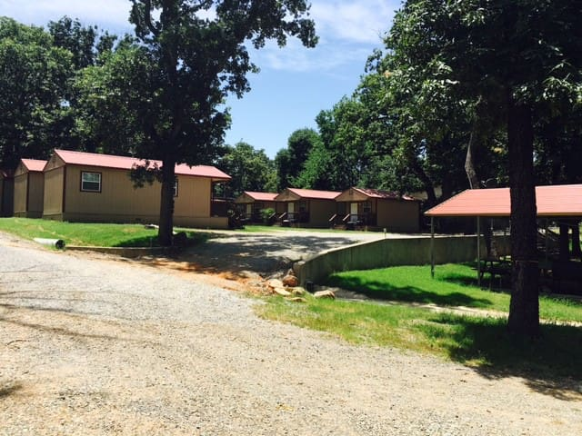 Angler's Hideaway Cabins on Lake Texoma Cabin 6 - Mead