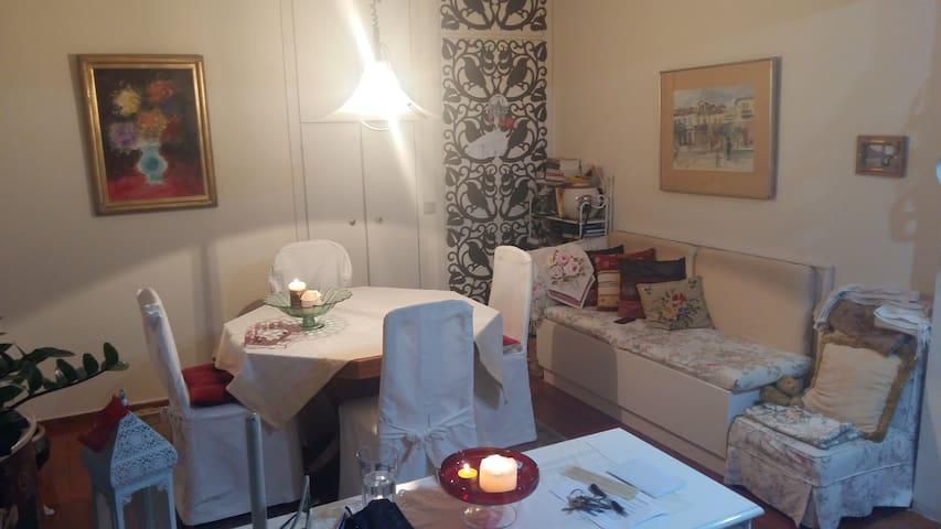 A cozy appartment in a quiet neighbourhood - Kifisia - Casa