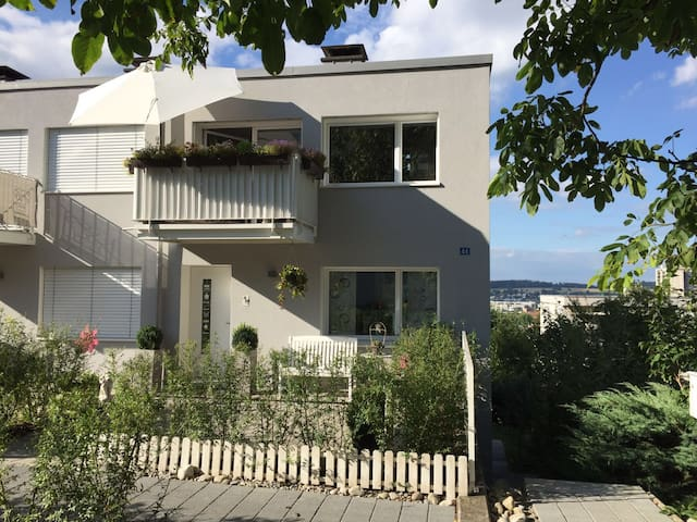 modern house close to zurich - Regensdorf - Huis