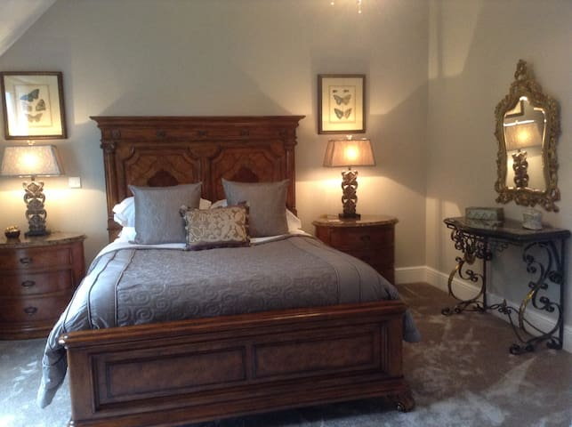 Forty Winks Boutique B & B - Wombwell