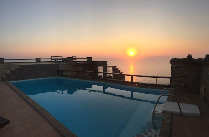 Traditional Cycladic Maisonette & Private Pool - Melissaki - Villa
