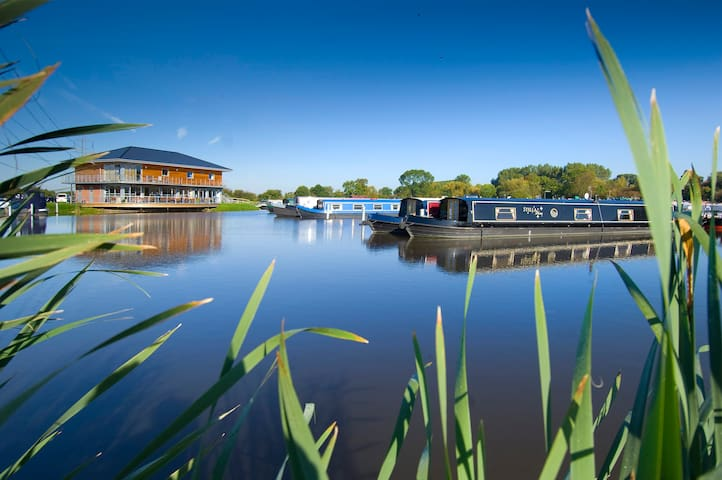 Pilling's Marina Penthouse - Quorn - Daire