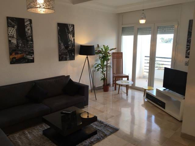 Cosy beautiful apartment in secure residence!!! - Soukra - Appartement