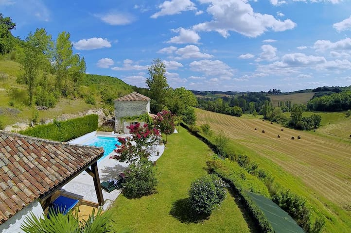 Beautiful Barn and Cottage with Heated Pool - Cauzac - Hus