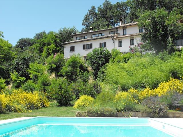 """Appartamento ad Urbino """"il Nido"""" - Urbino - Apartamento"""