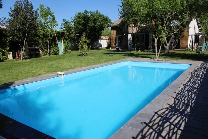 Grande maison avec piscine - Mérignac - Huis