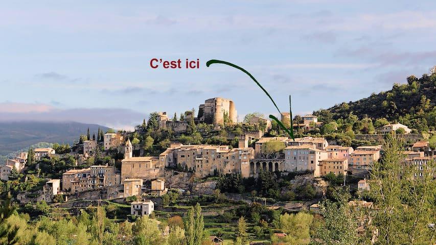 Petite maison dans village provençal et thermal - Montbrun-les-Bains - Apartamento