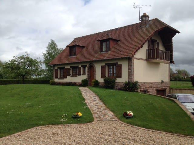2 CHAMBRES - ARCHEO JAZZ et GREEN HORSE FESTIVAL - Vieux-Manoir - Konukevi
