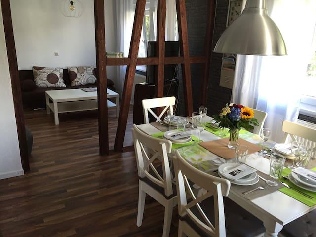 Sonnige Doppelhaushälfte - Albstadt - Haus