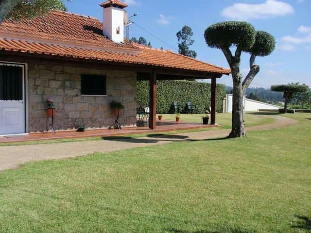 casinha rustica Vitorino dos Piães. - Geraz do Lima (Santa Leocádia) - Maison