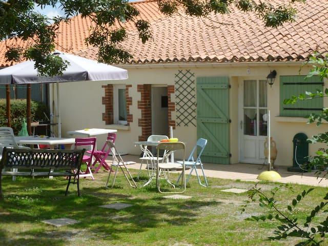 Maison ou chambres proche du puy du fou et plages - Saint-Hilaire-le-Vouhis - Huis