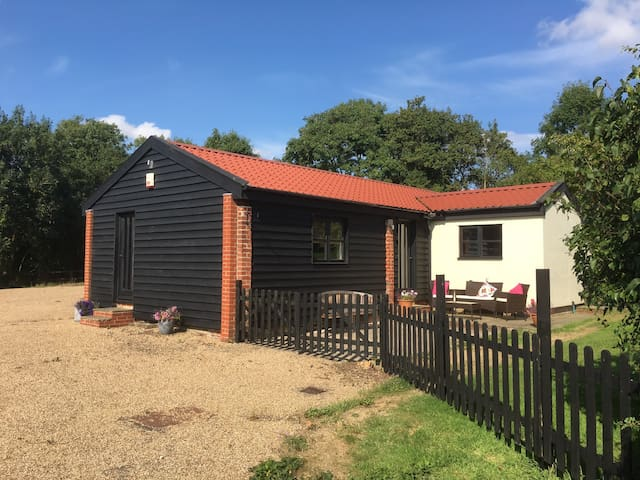 Converted Barn in rural location - Cookley - Overig