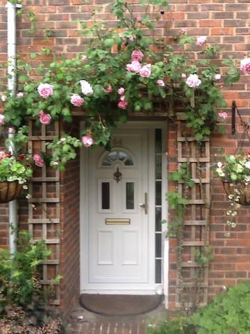 3 Bedroom House in Essex - Basildon - Ev