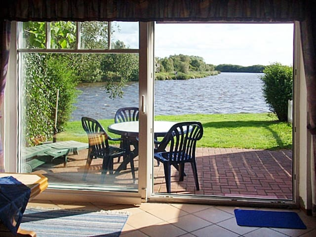 Holiday home in Timmel - Timmeler Meer - Hus