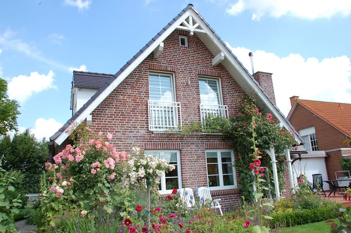 Haus Strandrose an der Ostsee - Kronsgaard - Casa