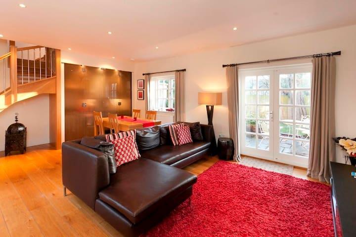 The Delven Serviced Apartment - Castle Donington