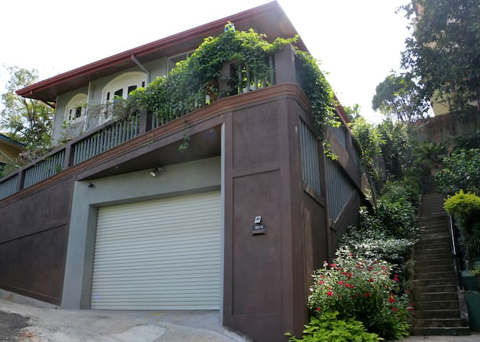 SafeHaven Home Stay - Kandy - Appartement