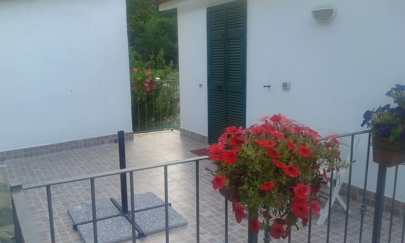 Two-room apartment very close to La Spezia - Vezzano Ligure - Casa